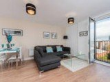 P&O 2 Bedroom High Spec Apartment ALTO -21